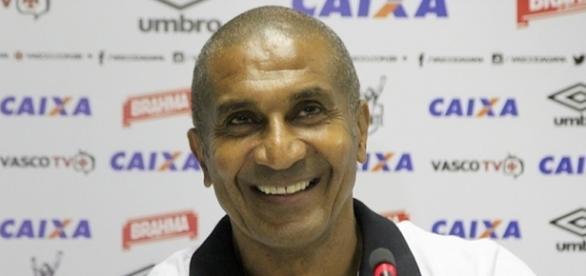 Cristovão Borges ganhará reforço para o meio de campo ... - com.br