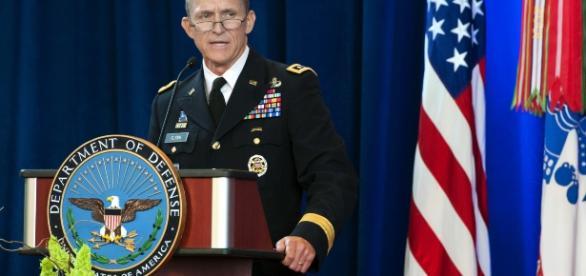 Michael Flynn, Conselheiro de Segurança Nacional, pediu demissão nesta segunda-feira
