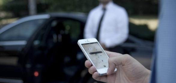 Uber é processada em R$ 150 milhões