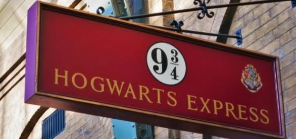 8 fatos que farão você se apaixonar pela história do bruxinho mais querido da literatura, Harry Potter.