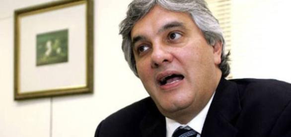 Ex-senador Delcídio Amaral voltou a envolver o ex-presidente Lula, em depoimento à Justiça Federal de Brasília