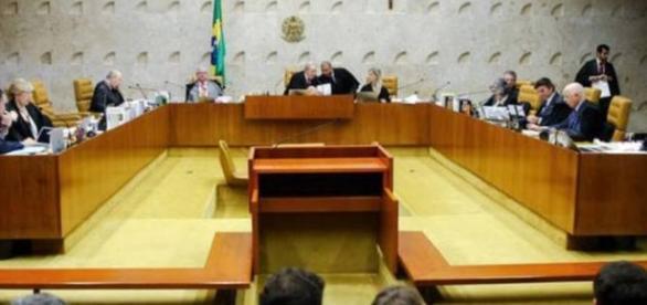 Foro especial por prerrogativa de função confere aos réus determinada competência penal para julgamento de processos