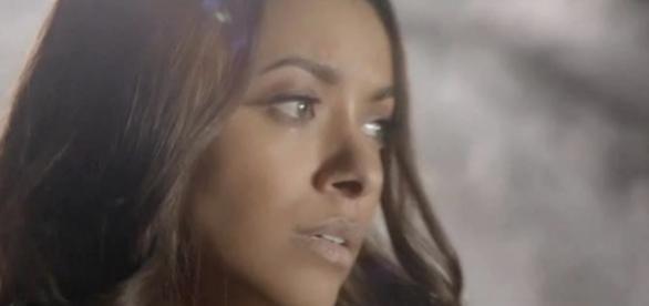 The Vampire Diaries 8x13: Bonnie criou uma dimensão para a alma de Enzo (Foto: CW/Screencap)