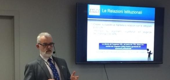 """La presentazione del dott. Giuffrida al seminario """"Europrogettazione 2.0"""""""