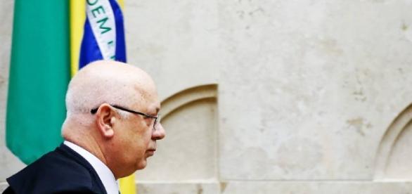 Ministro Teori revelou possível ajuda a Cunha, no ano passado