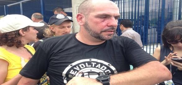 Manifestantes do MTST agrediram Marcello Reis na Avenida Paulista.
