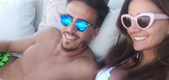 Marco Ferri y Aylén Milla muy enamorados