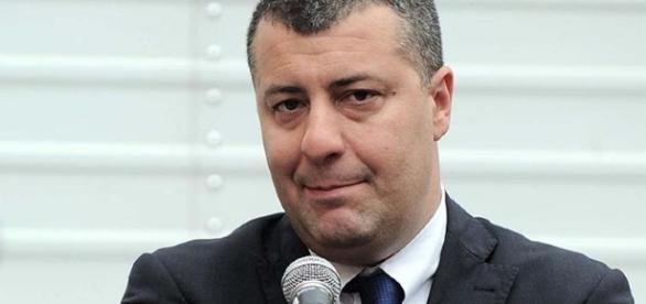 Arturo Scotto ritira la candidatura alla segreteria di Sinistra Italiana. Ecco la sua lettera