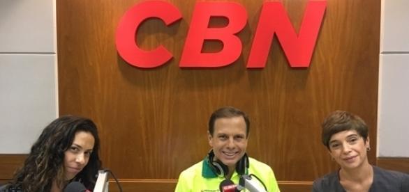 João Doria prefeito de São Paulo sendo entrevistado pela CBN