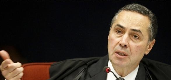 Ministro Barroso quer a legalização da maconha e, se possível, da cocaína