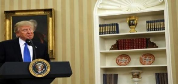Trump si scontra con il presidente australiano Turnbull al telefono