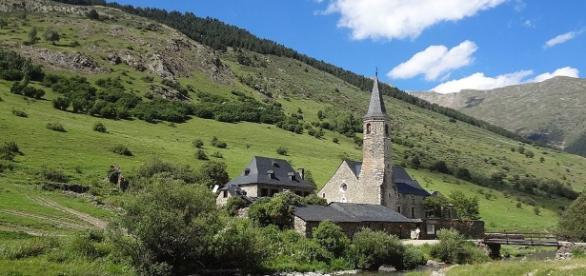 El pueblo pirenaico catalán de Montgarri, cerca de la Val d'Aran, antiguo Municipio deshabitado desde 1955 por que se quedaba aislado en invierno.