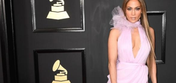 Jennifer Lopez denies she dates younger men, says age doesn't ... - thedunlap-tribune.com