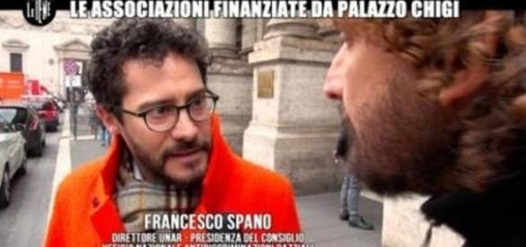 La iena Filippo Roma intervista il presidente Unar Francesco Spano, dimessosi poche ore dopo