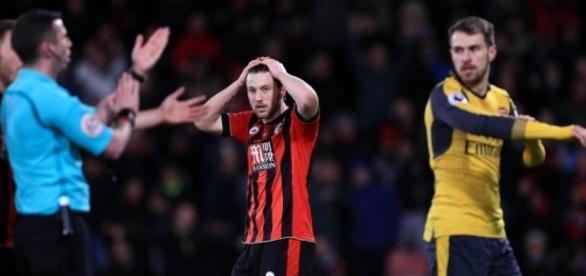 Premier League : Il se fait virer de son club à cause de ce tweet monstrueux