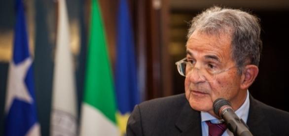 Scissione Pd, l'amarezza di Romano Prodi: 'È un suicidio'   huffingtonpost.it
