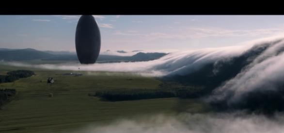 This atmospheric film keeps you hooked all the way / Photo via Youtube - Arrival Trailer (2016) - Paramount Pictures - Paramount Pictures