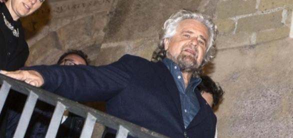 Beppe Grillo in Campidoglio: 'No allo stadio della Roma a Tor di Valle'