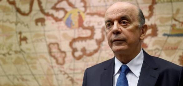 José Serra explica sua saída do Itamaraty