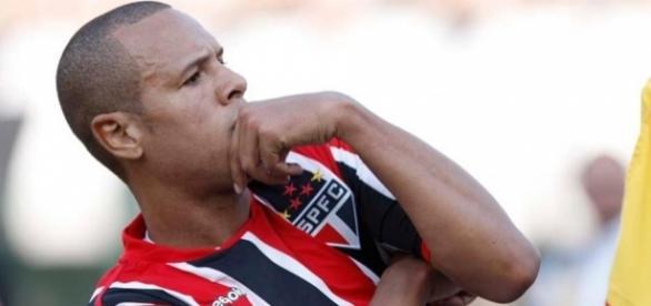 Luis Fabiano está entre os maiores goleadores de São Paulo e Sevilla
