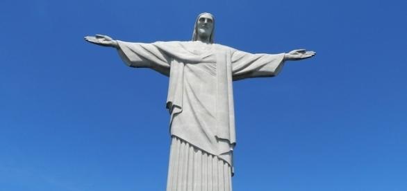 Turpistyczny Chrystus straszy swoją brzydotą