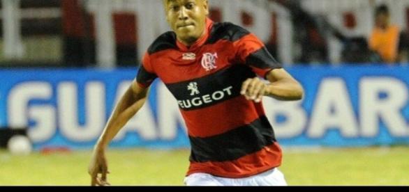 Alex Silva com a camisa do Flamengo