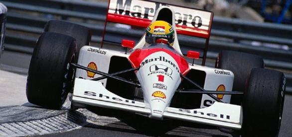 Senna em Monaco onde foi seis vezes com a McLaren