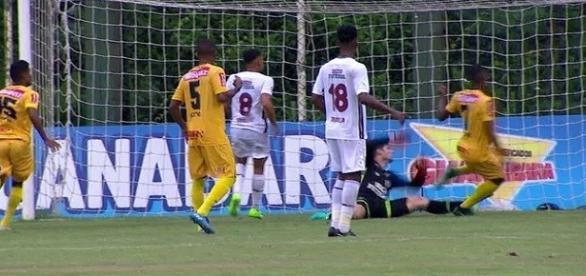 Madureira foi superior, mas Flu segura o 0 a 0 e está na final da Taça Guanabara (Foto: Globoesporte)