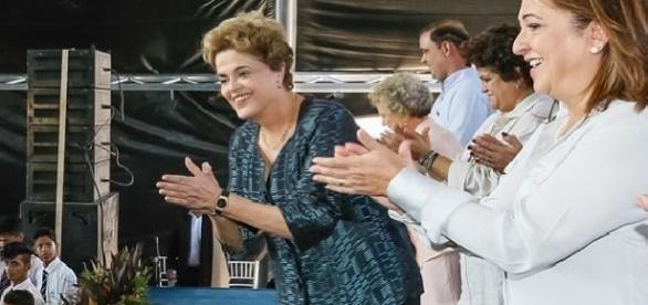A ex-presidente Dilma Rousseff e a senadora Kátia Abreu no Tocantins