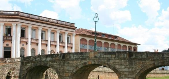 São João del-Rei é um município brasileiro da região do Campo das Vertentes, pertencente ao estado de Minas Gerais