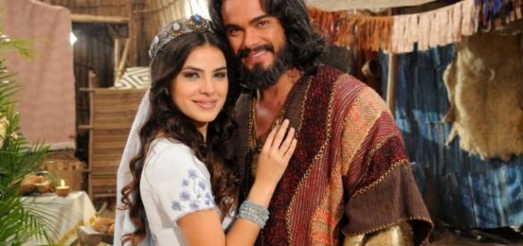 Aruna e Josué finalmente vão poder comemorar o final feliz, após reencontro emocionante