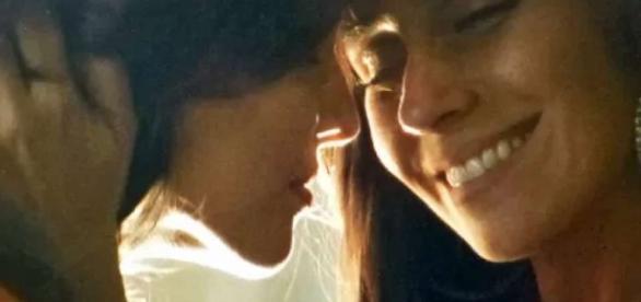 Bissexuais são mais felizes na intimidade, diz estudo