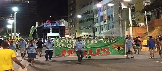 'Aceitem Jesus', diz bloco dos evangélicos no Carnaval da Bahia