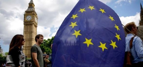 Cetățenii UE din Marea Britanie sunt îngrijorați în legătură cu viitorul lor în UK