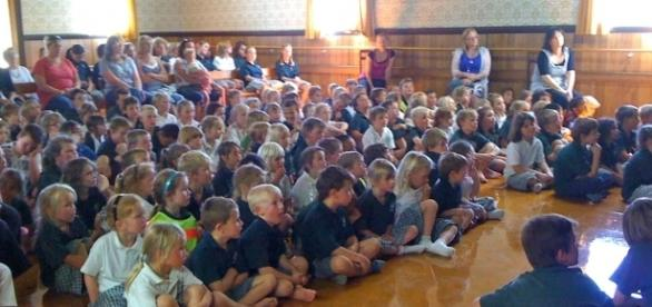 Christian assemblies could be less common in the future. Image source: springstonschoolnews.blogspot.co.uk/