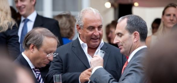 Image :https://commons.wikimedia.org/wiki/File:Sir_Philip_Green,_Chairman,_Arcadia_Group_(Centre);Chris_Grigg,_CEO,_British_Land_(R)_(5880517570).jpg