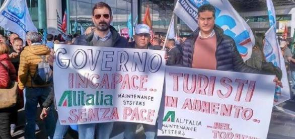 I lavoratori ex Ams in protesta