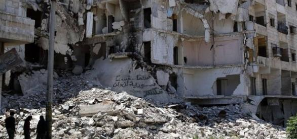 Guerra na Síria já provocou mais de 300 mil mortes - Opinião e Notícia - com.br