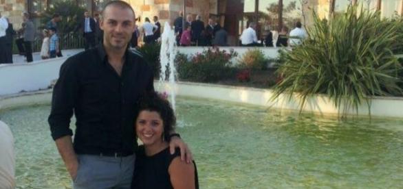 Fabio Di Lello, com a esposa Roberta