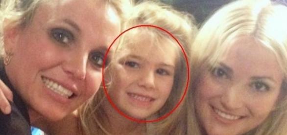 Britney pede orações pela sobrinha