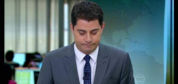 Evaristo Costa desfalca jornal e preocupa fãs