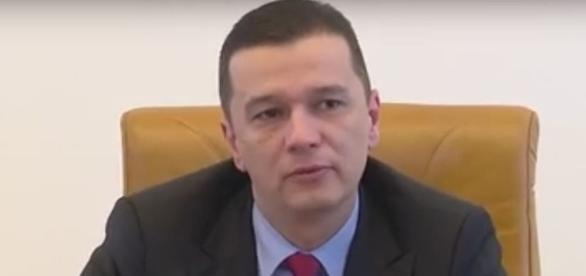 il primo ministro romeno Sorin Grindeanu, al potere dal 4 gennaio di quest'anno, annunciò il ritiro di un decreto sulla corruzione