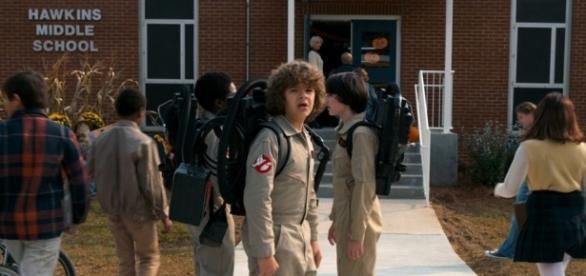 'Stranger Things': primeira imagem da segunda temporada 2 é divulgada