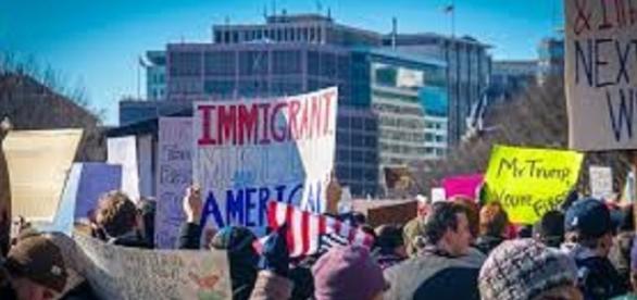 Corteo di protesta per il Muslim Ban