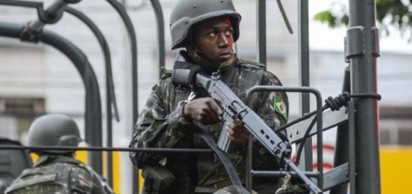 Exército atuando nas ruas do Espírito Santo
