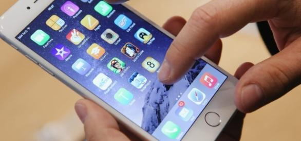 How to trade in your old handset for an iPhone 7 and get up to ... - thesun.co.uk