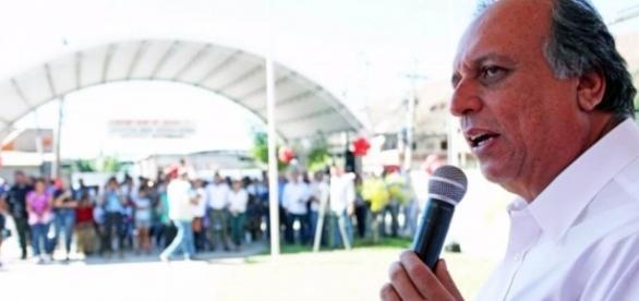 Pezão durante solenidade do Governo do Rio