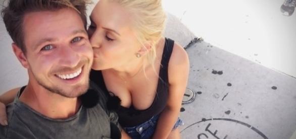 Sebastian und Erika kommen sich heute näher / Foto: RTL