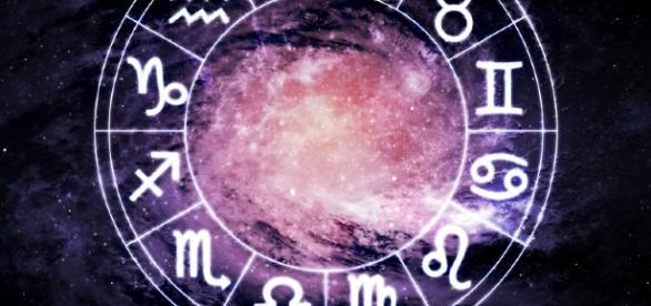 Confira seu horóscopo e seja feliz