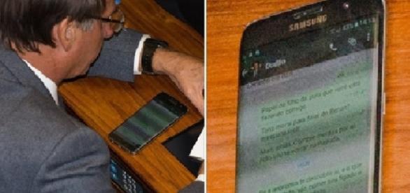 Deputado Jair Bolsonato teve suas conversas pelo Whatsapp flagradas (Foto: Reprodução/Facebook - Lula Marques)